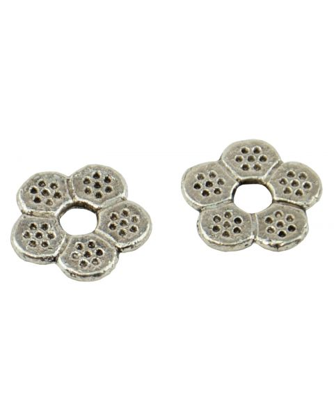 50 x Flower Shaped Metal/Spacer Beads 12mm (37887-181)
