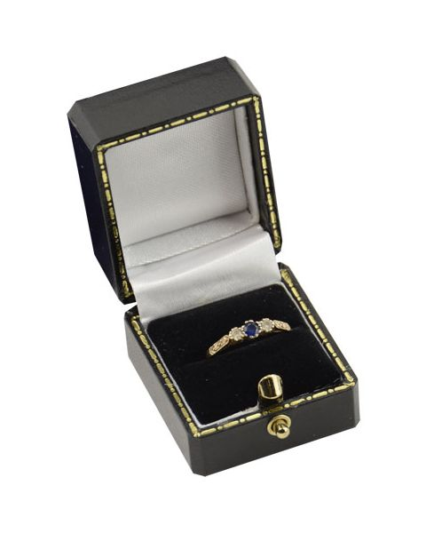 Antique Style Ring Box from £2.35 each (AQ-1R)